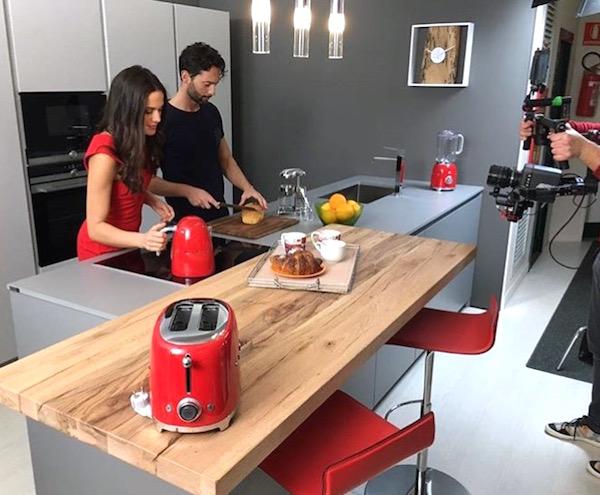 Cenedese arredamenti spot tv 2016 francesca zarabara for Ivan arredamenti